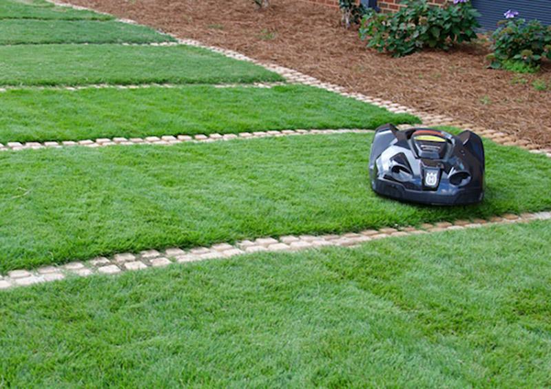Több részre tagolt kertben is használható?